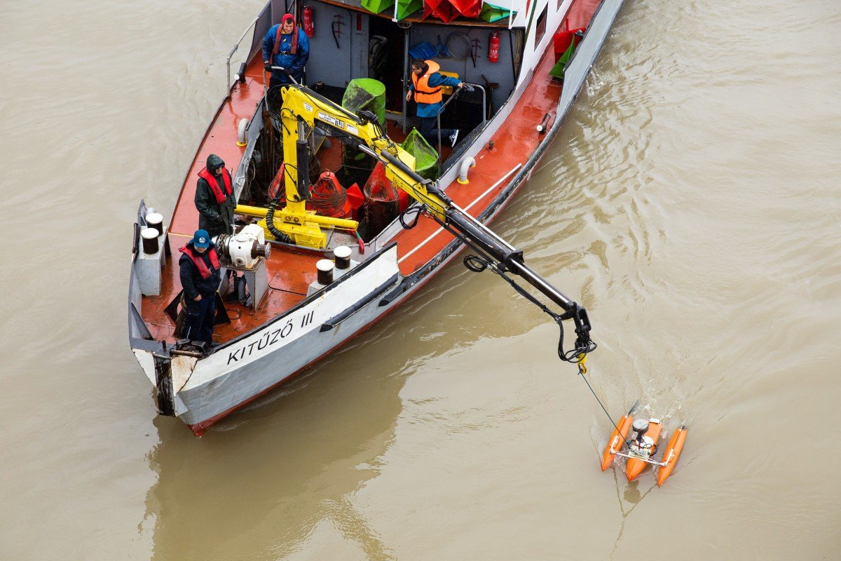 There was no help coming': South Korean survivors of boat