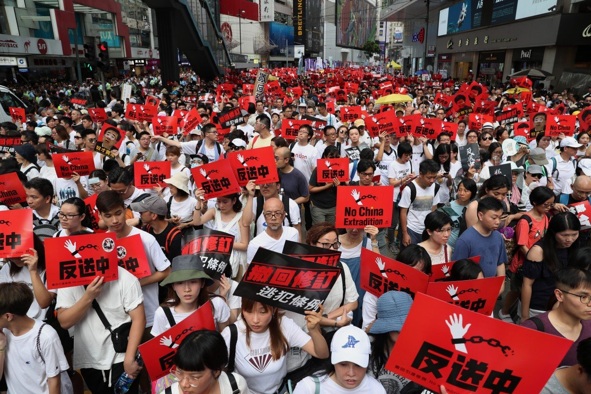 Hundreds of thousands of protesters, one extradition bill: why ...
