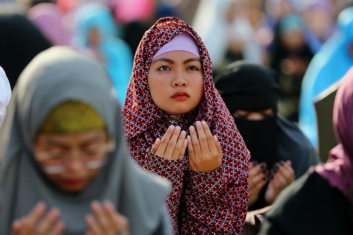 What is it like to celebrate Eid ul-Fitr in a Muslim-minority