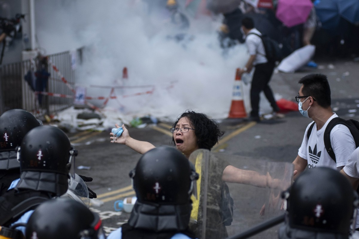 US senators propose bill requiring annual review of Hong Kong's