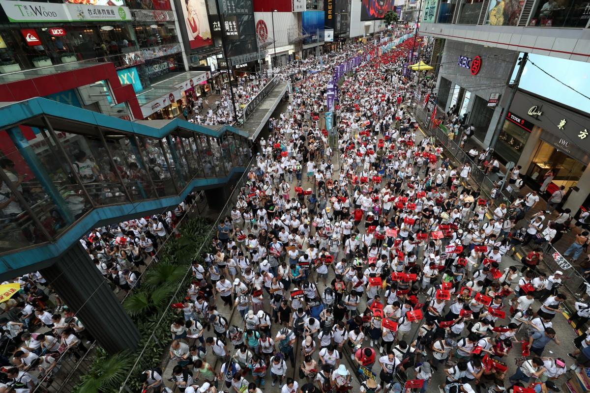 Hong Kong extradition bill: ra...