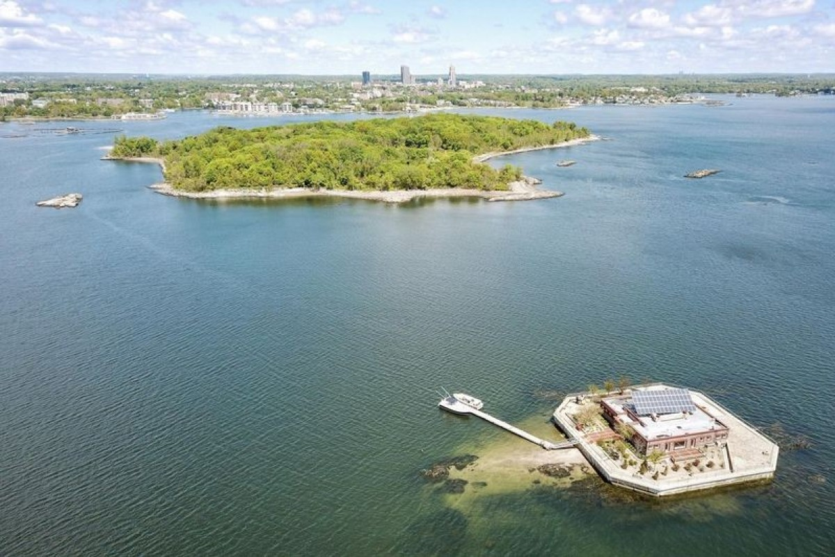 sale retailer 98681 84965 The four-bedroom home on Columbia Island, and nearby Pea Island, situated  about