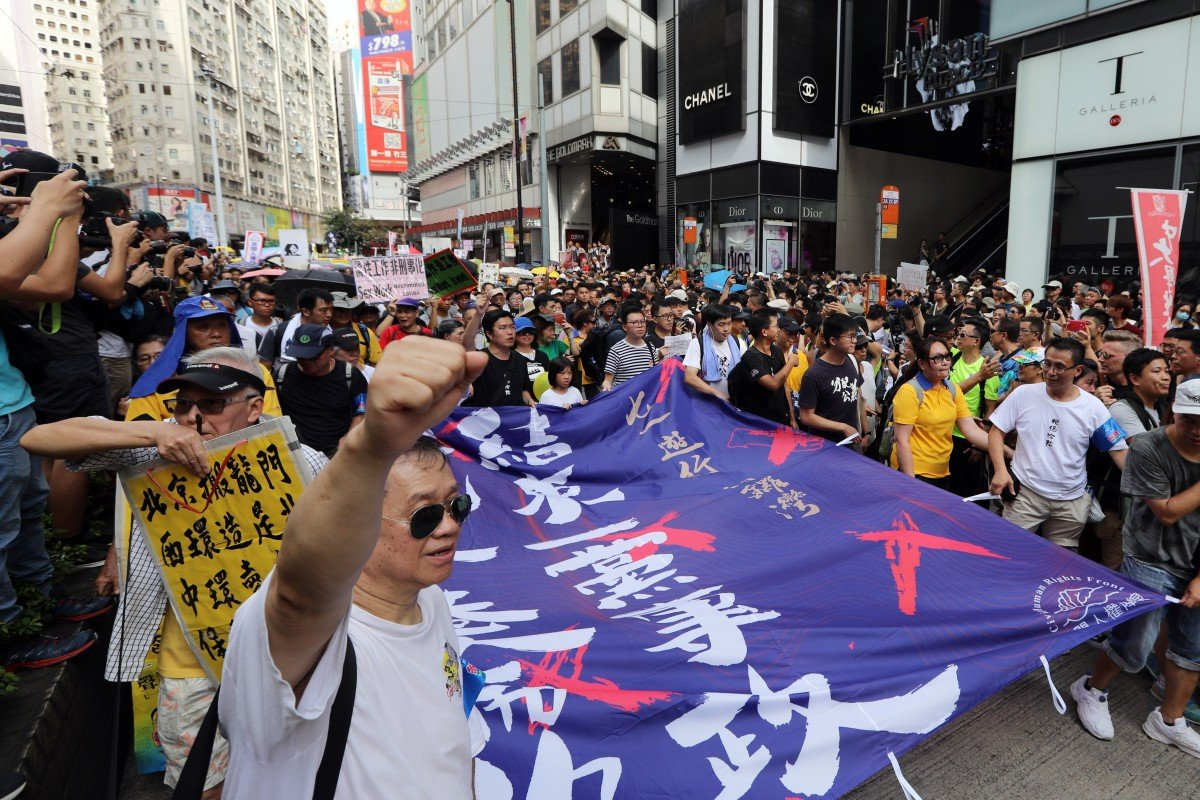 Hong Kong protest organisers appeal to pro-Beijing group to