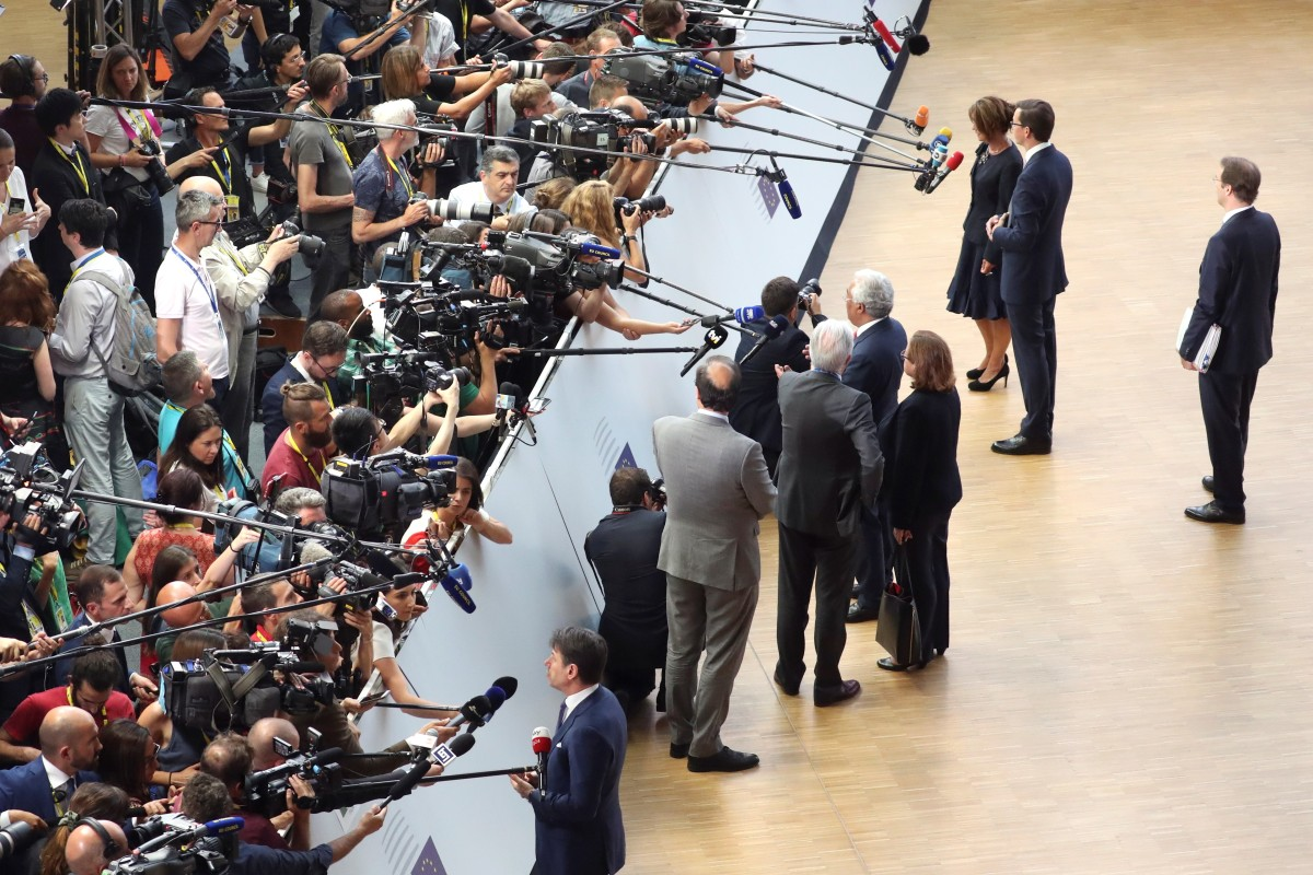 EU leaders meet in Brussels for second round of emergency ...