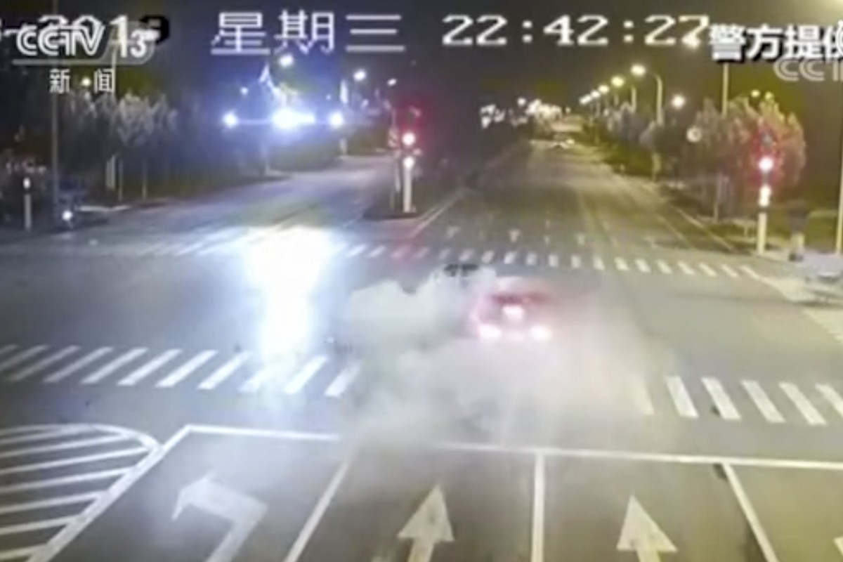 Two men killed in road accident inferno after Maserati slams into