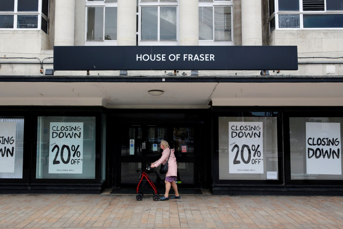 324492003d In Britain, more than 1,200 retailers closed shop last year, according to  data from