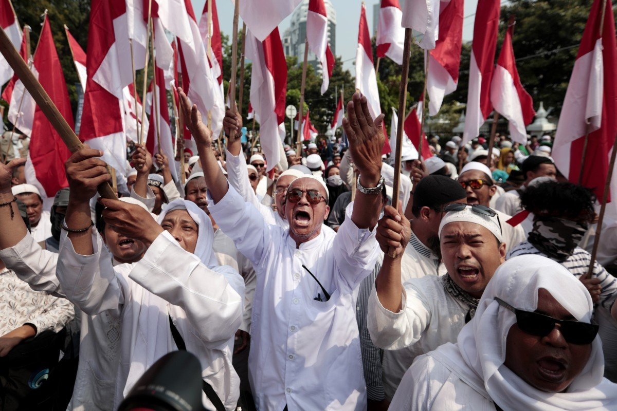 Indonesia's election showdown: Prabowo woos ethnic Chinese