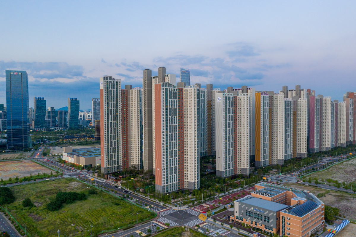 From South Korea to Malaysia, the 'smart cities' hailed as answer to world's urban ills turn to ghost towns