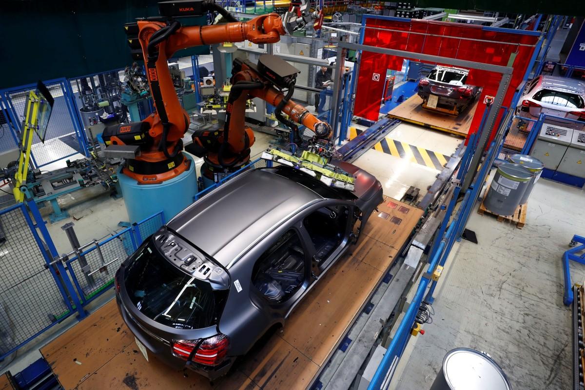 Beijing, pushing its electric vehicle market, is making it harder
