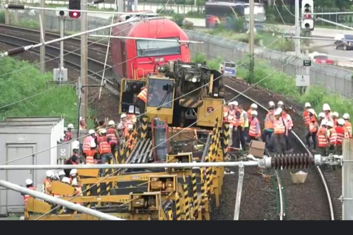 MTR maintenance train derails in Hong Kong leading to service suspensions on East Rail Line