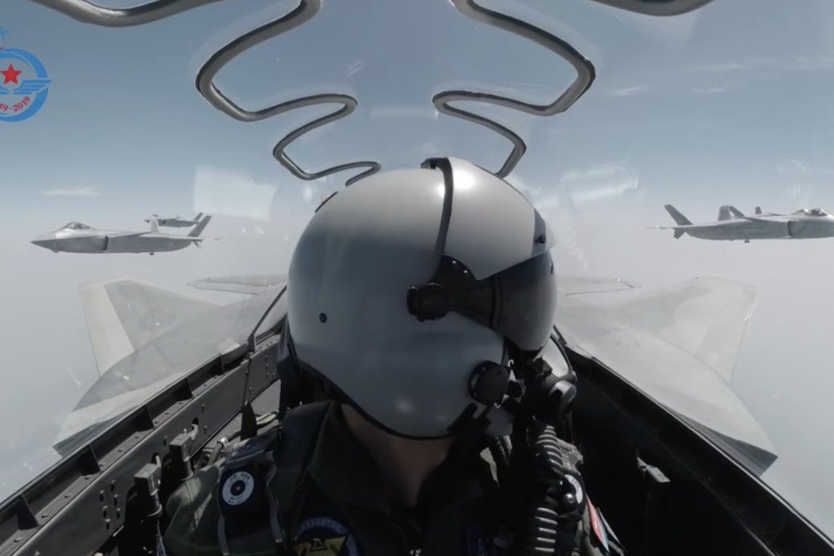 China's air force spreads its wings in 70th anniversary video