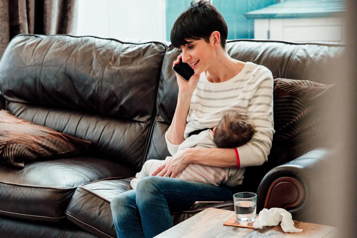 Should women text while breastfeeding? Why not, say Hong Kong