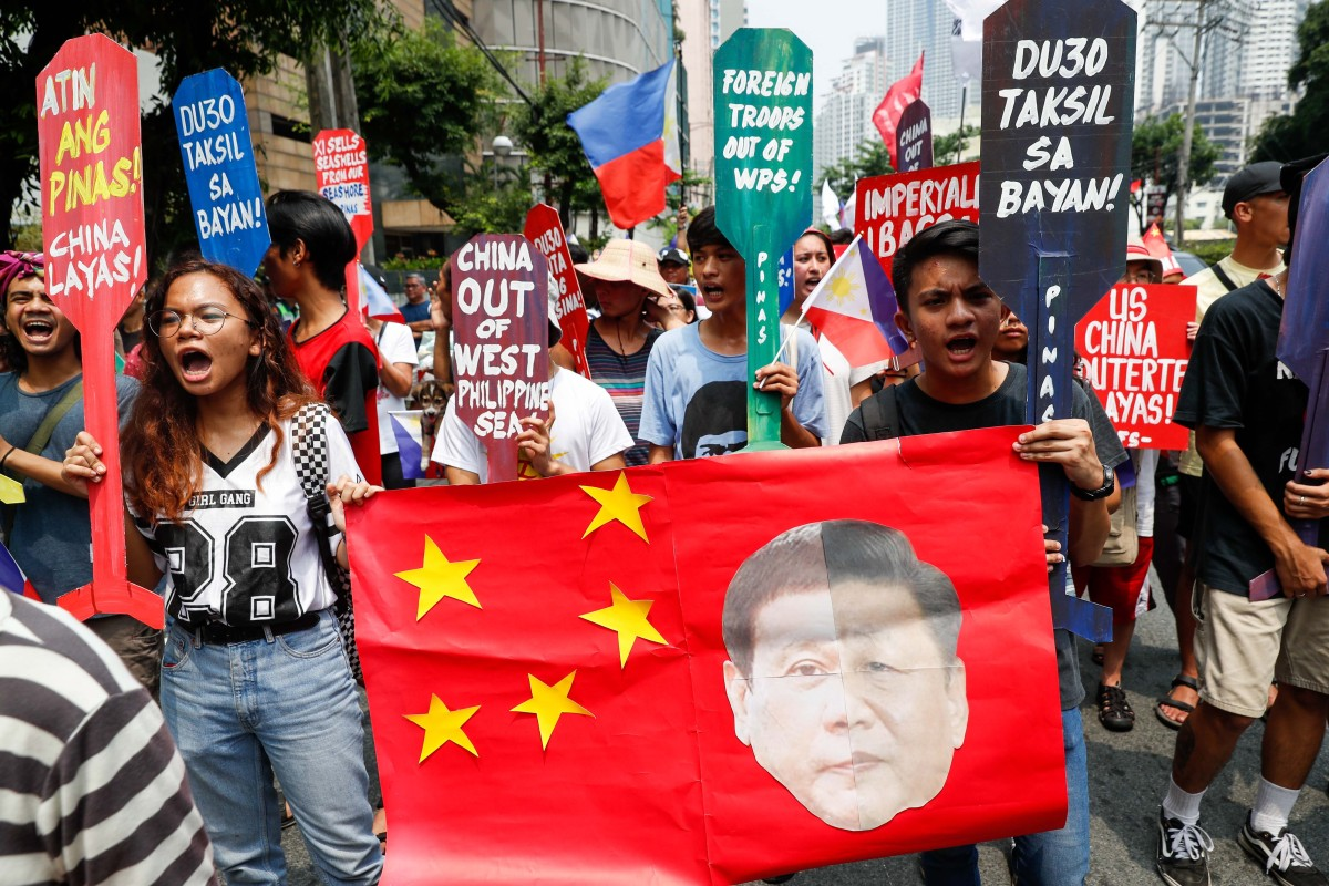 China hoping to rebuild ties with Philippines after angry backlash