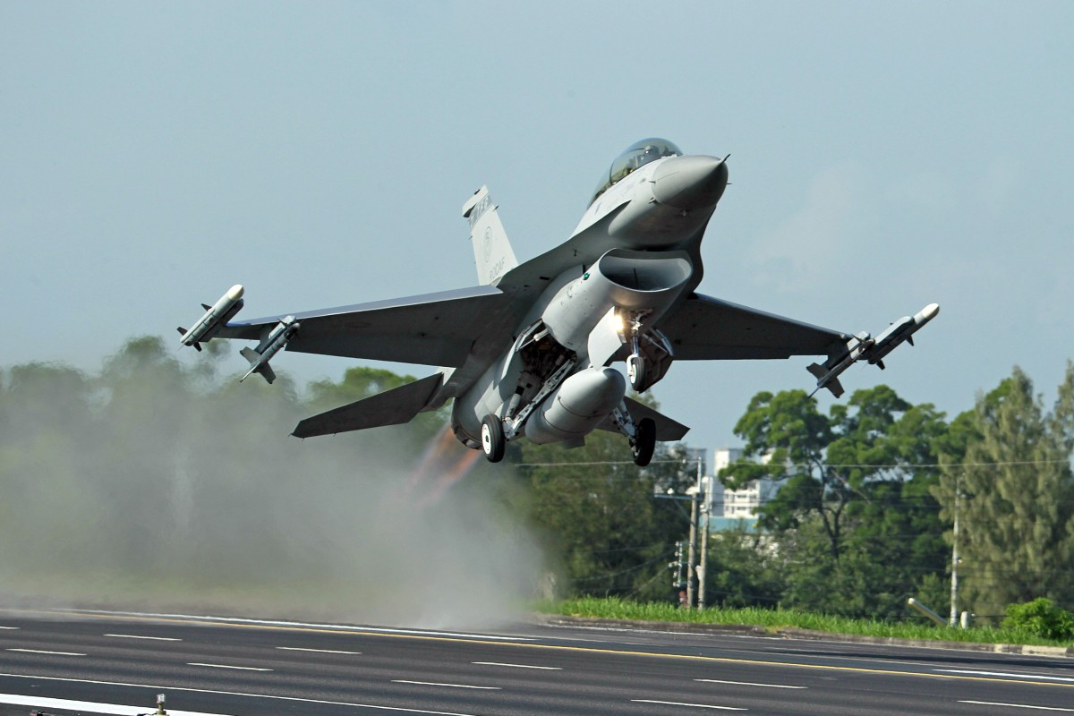 Taiwan's plan to buy 66 F-16 Viper fighter jets from US