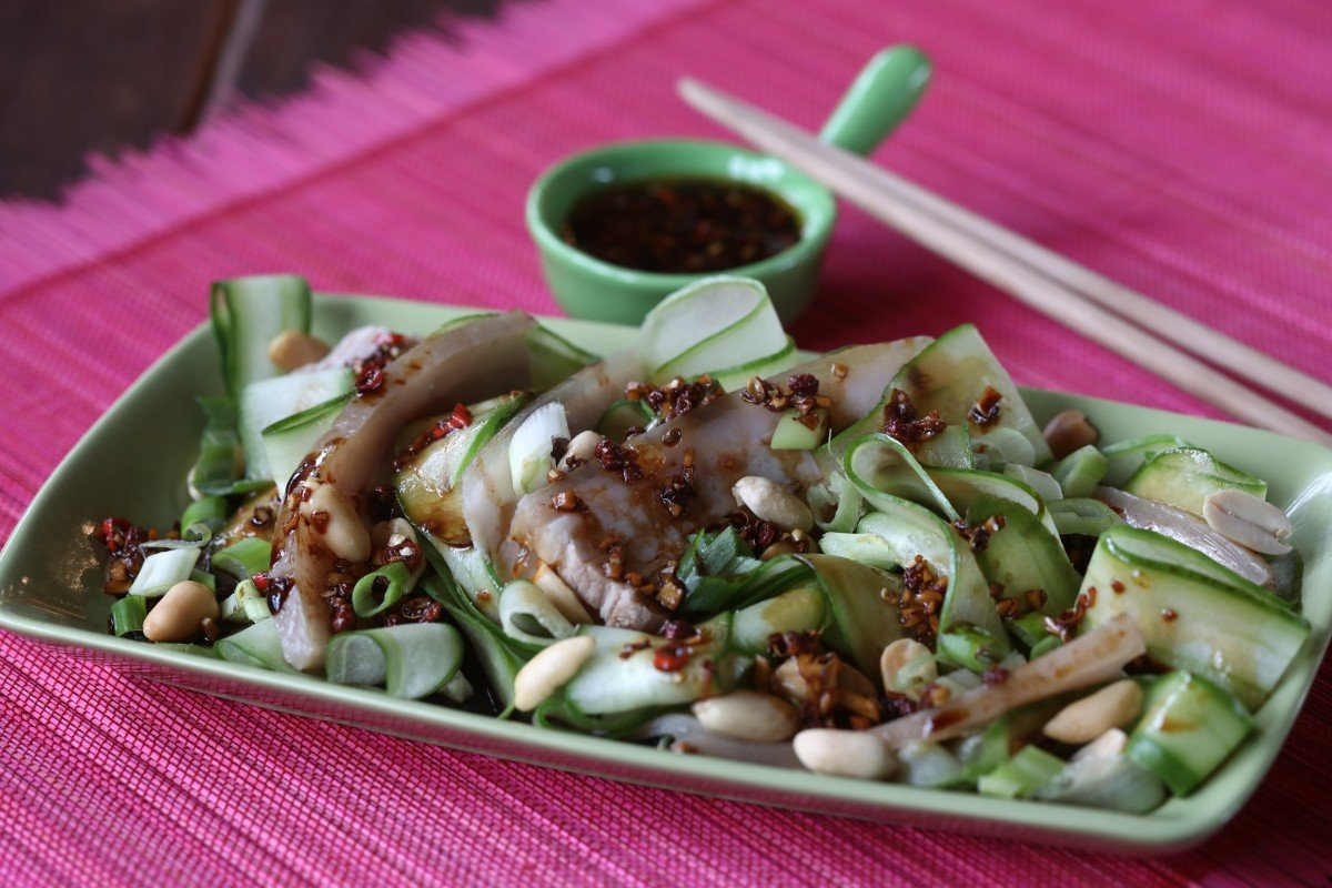 How to make Sichuan-style pork belly with shaved cucumber