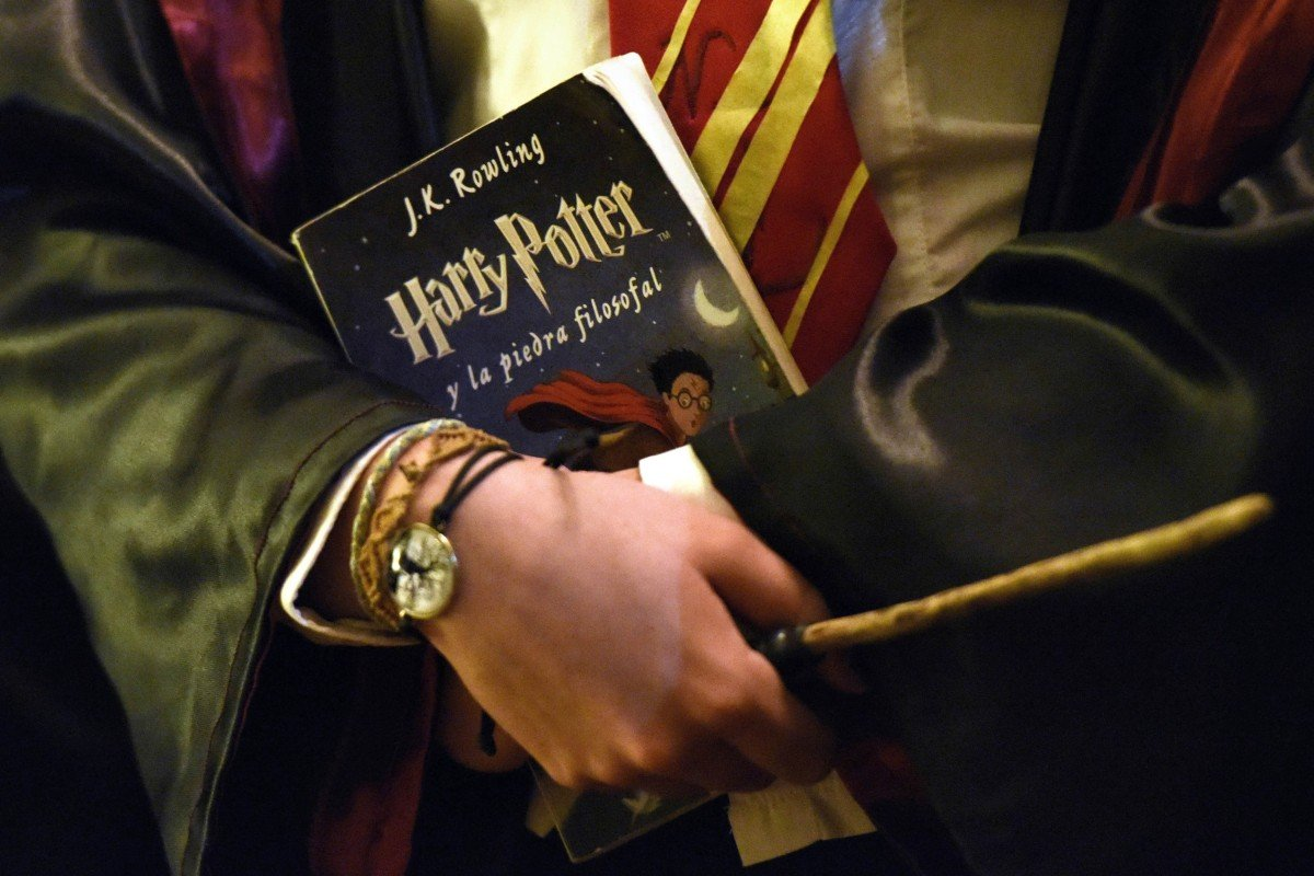 Harry Potter books banned from US school library because