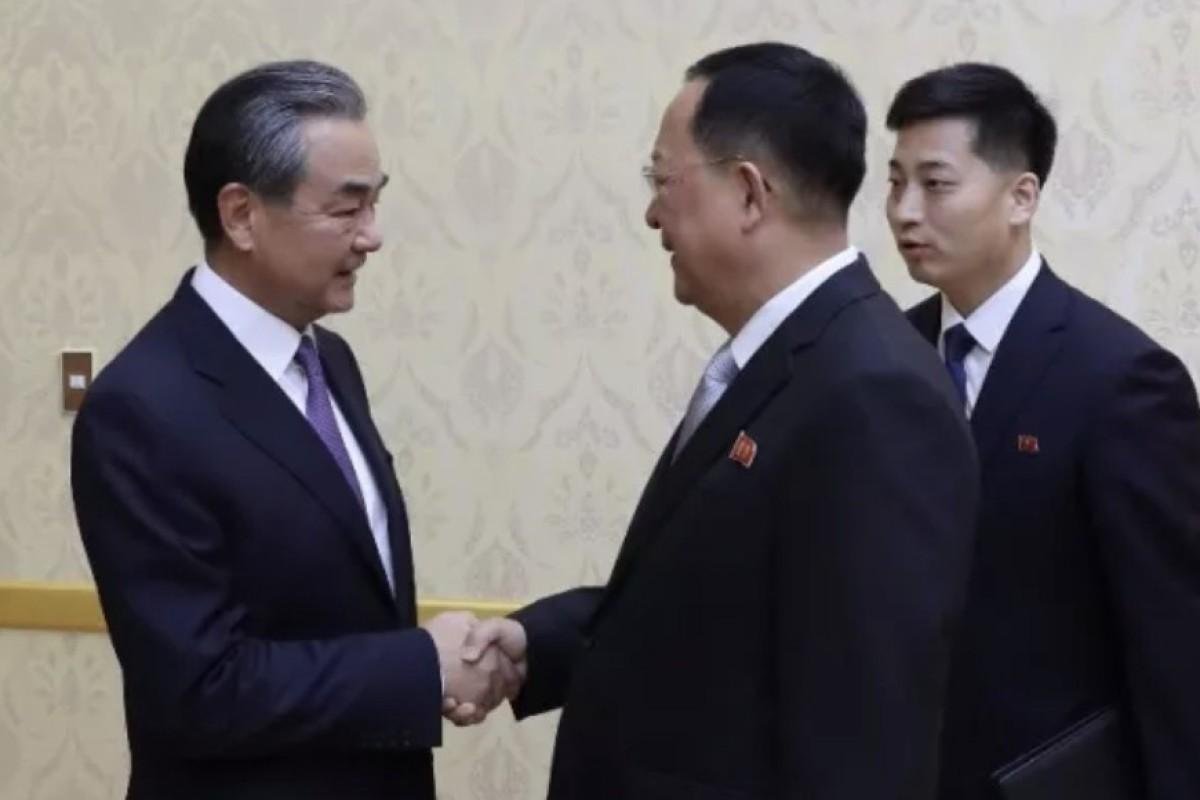 China tells North Korea it wants 'closer communication and
