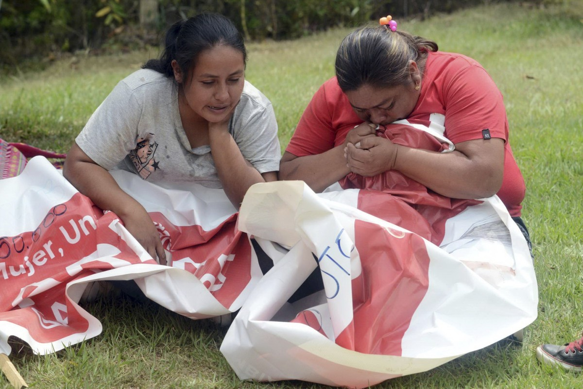 Two Colombian politicians and four others killed as armoured