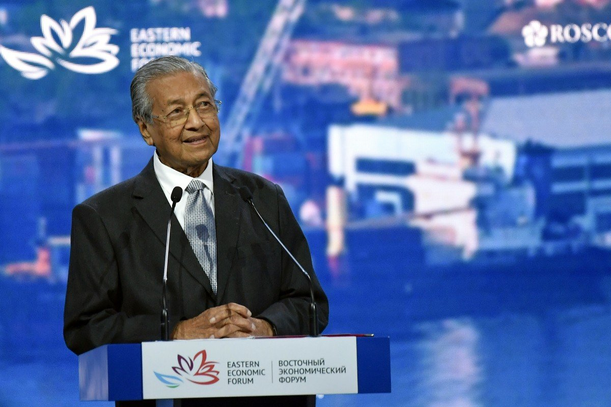 Hong Kong protests show limit of 'one country, two systems', Malaysia's Mahathir says