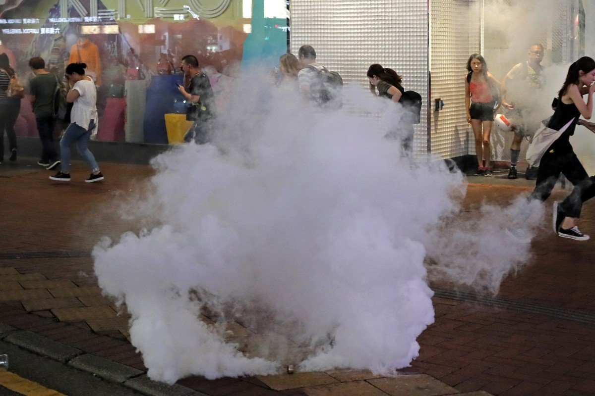 US lawmakers introduce bill to stop tear gas sales to Hong Kong