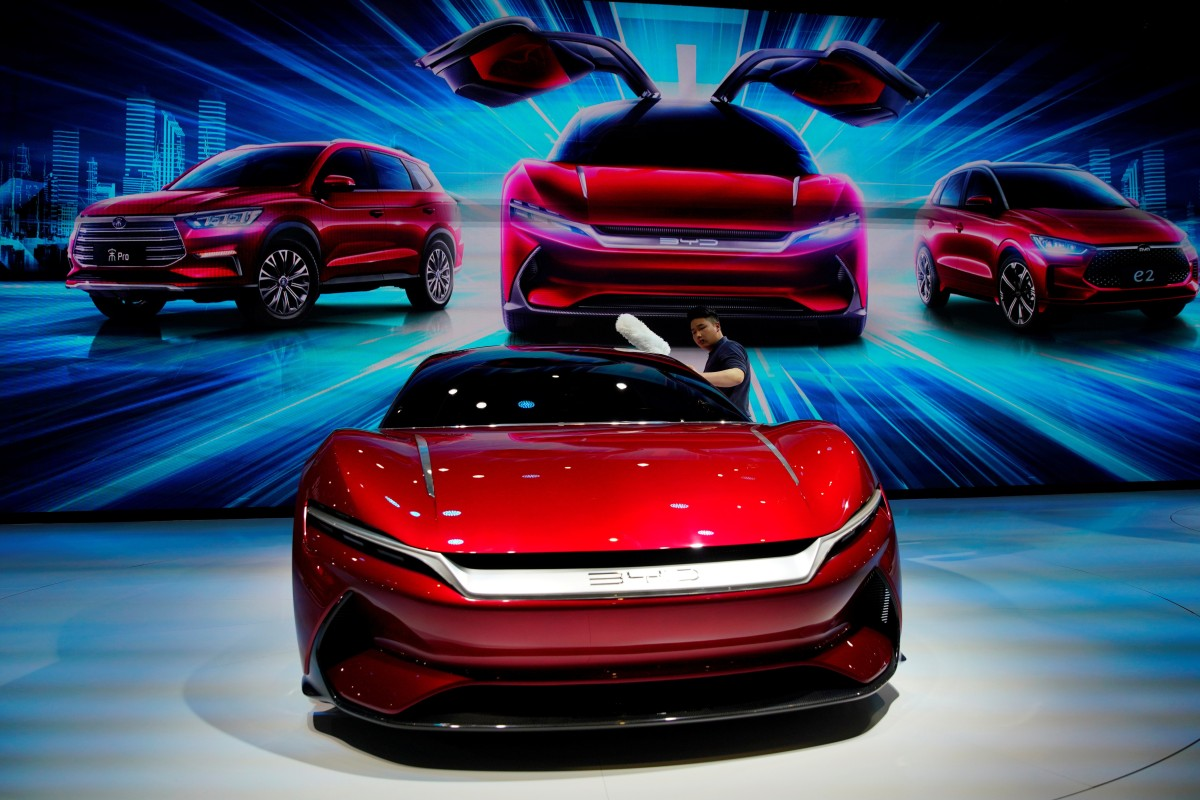Here's why big investing firms are steering clear of China's expensive, underperforming new-energy car sector