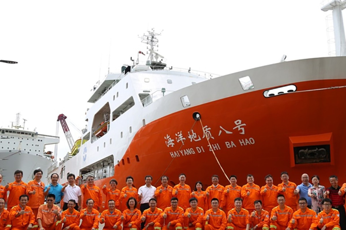 Chinese coastguard ships 'deliberately visible in South China Sea to assert sovereignty'
