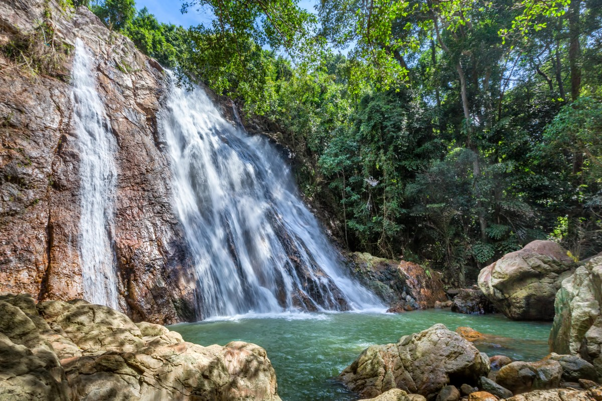 Selfie death: French tourist dies while trying to take photograph at Thai waterfall
