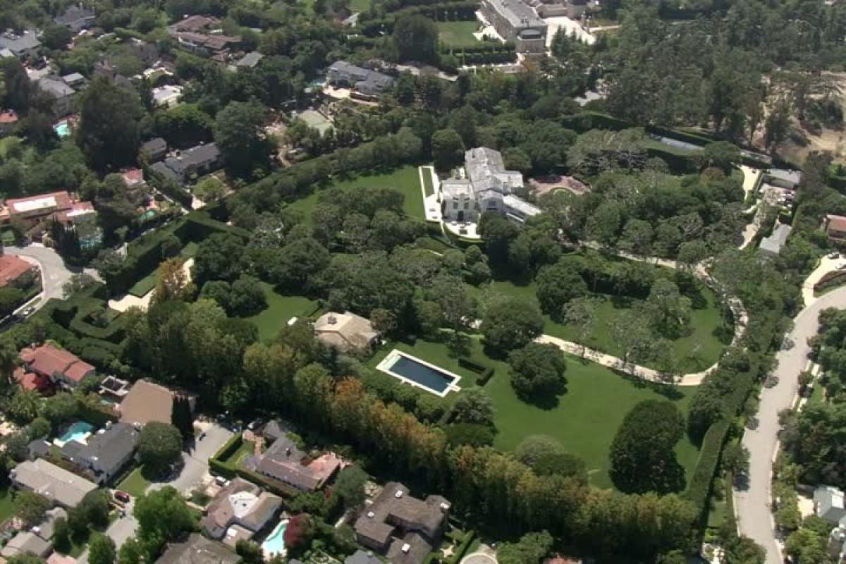 Kết quả hình ảnh cho Warner Estate mansion