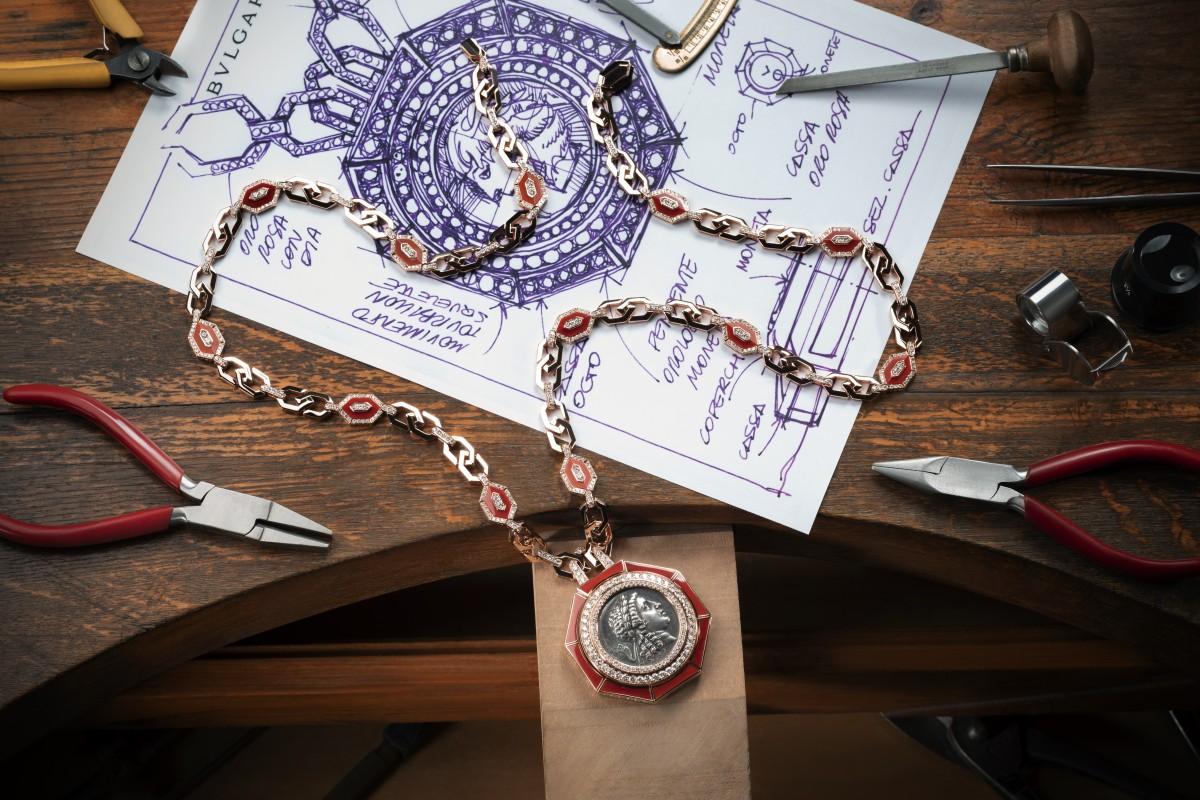 Pendant watches, like Bulgari's Monete High Jewellery Pendant Secret Watch, are making a comeback. Photo: Bulgari