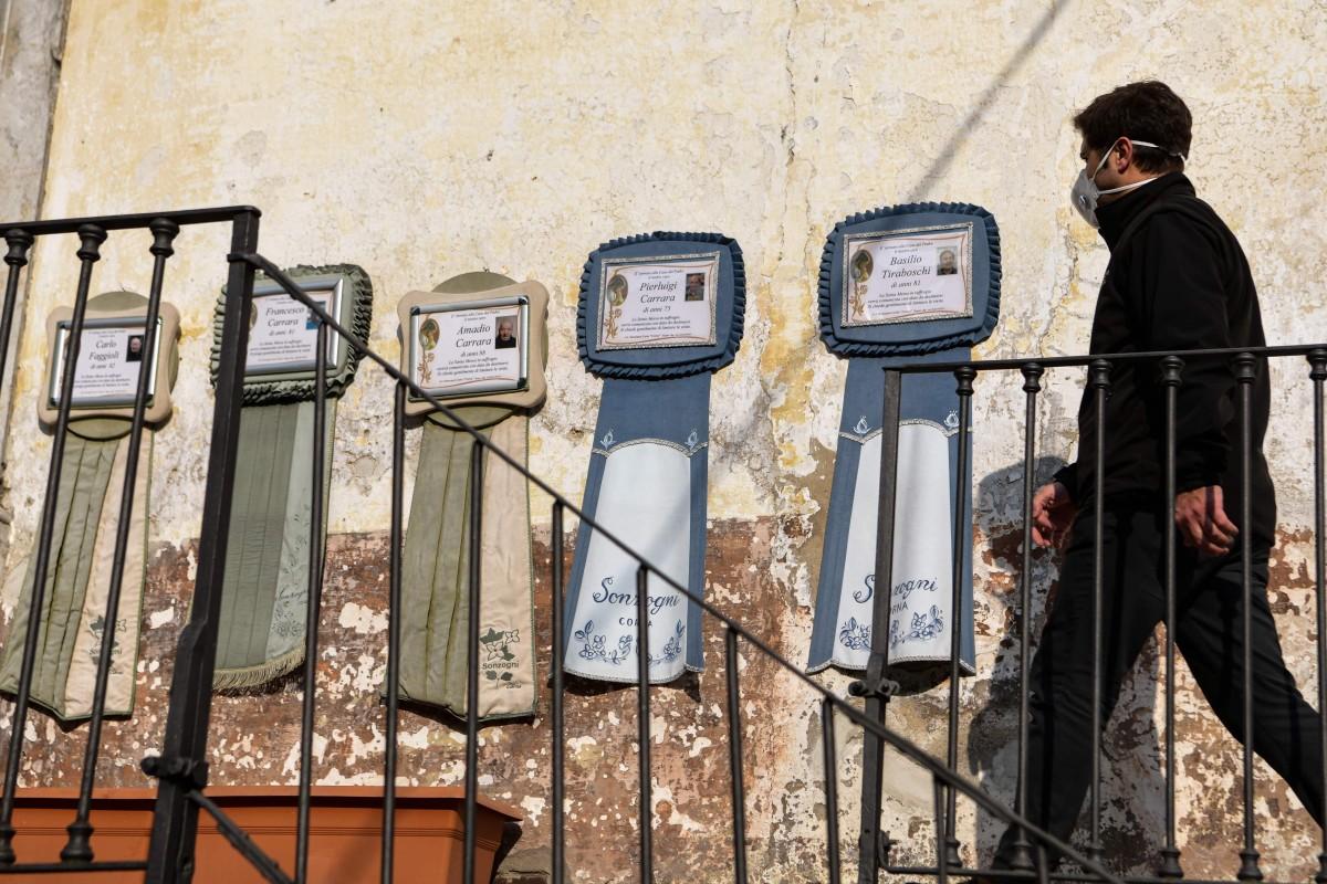 """Os médicos italianos tomaram conhecimento de uma """"pneumonia estranha"""" que circulava na região da Lombardia em novembro.  Foto: AFP"""