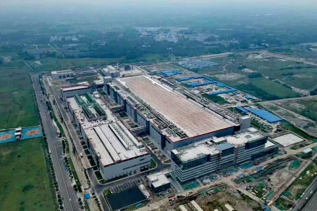 Beijing boasted that the final total investment in the GlobalFoundries plant could be US$10 billion. The plant was intended to produce 300mm wafers, a key material in making chips, but production never started at the 65,000 square metre facility, which was completed mid-2018. Photo: Weibo