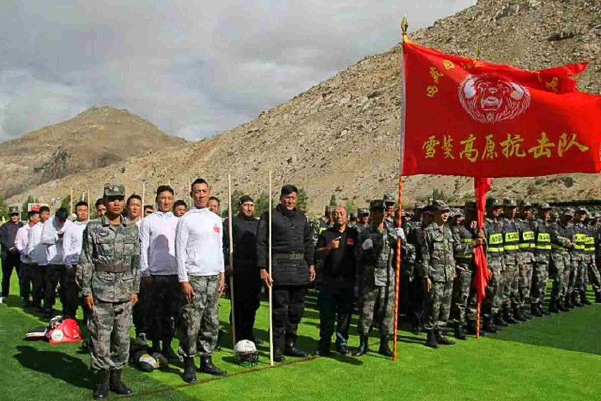 A squad of MMA fighters will help train border troops in hand-to-hand combat, according to state media. Photo: Weibo