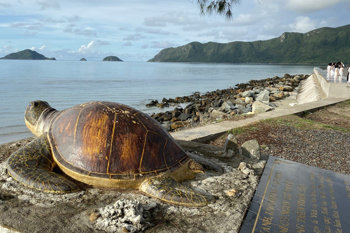 A sea turtle monument on the promenade of Con Son, Con Dao, Vietnam. The archipelago is considered the most abundant sea turtle habitat in Vietnam. Photo: Patrick Scott