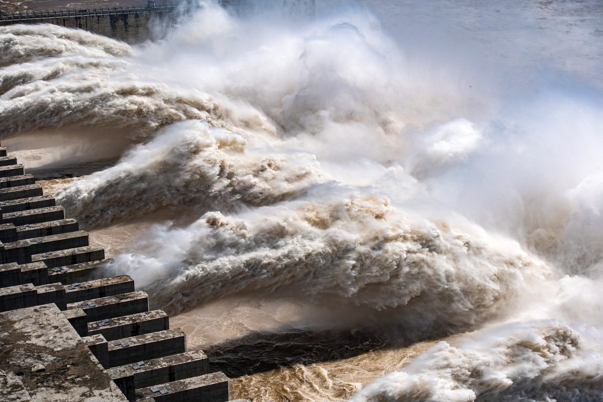 Upstream dams have been told to ease as much pressure as possible on the Three Gorges Dam. Photo: Xinhua