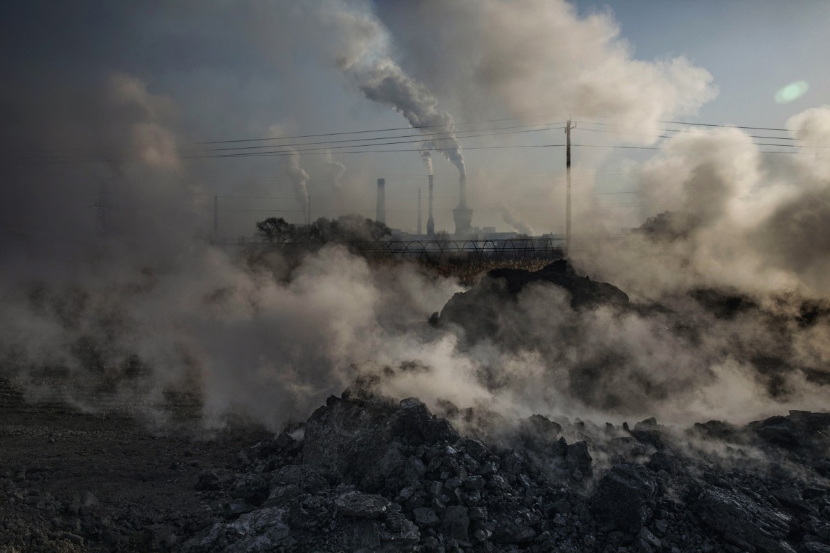 Pollution is one of the practical problems holding back social and economic development in China, Xi Jinping says. Photo: Getty