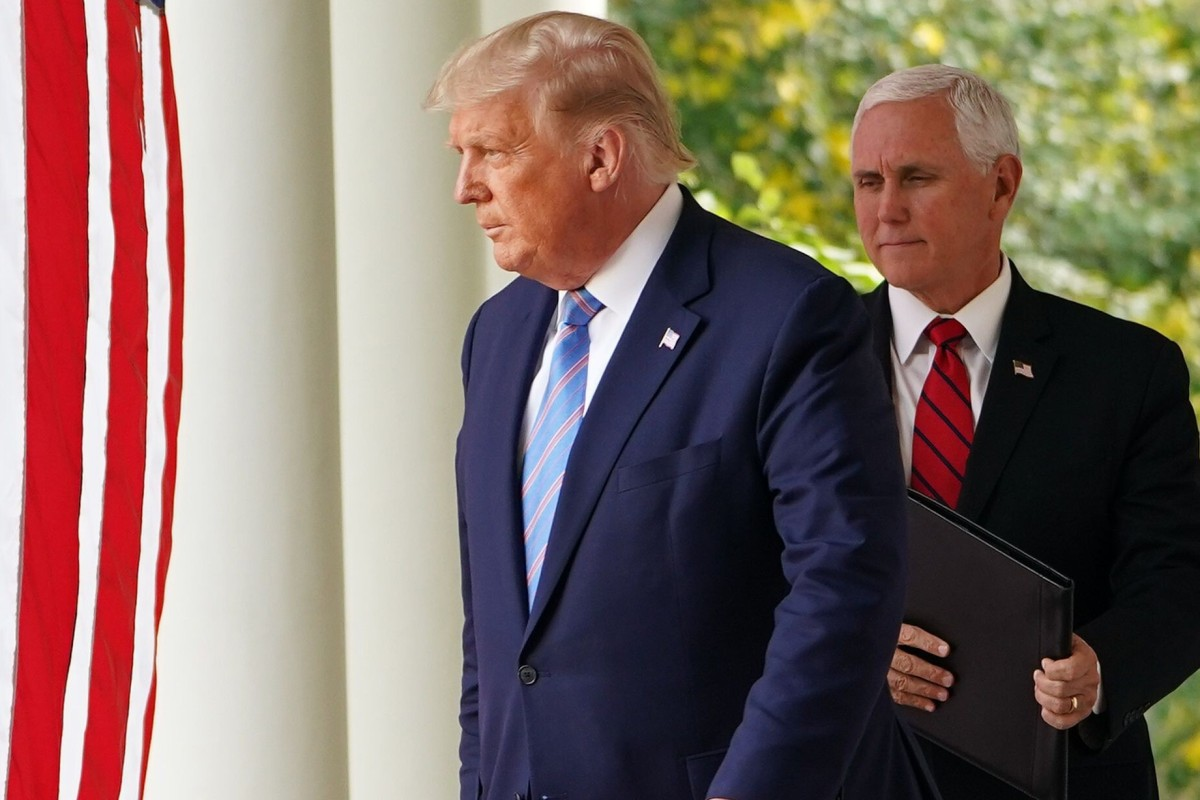 White House Official: Trump has not transferred power to Vice President Pence