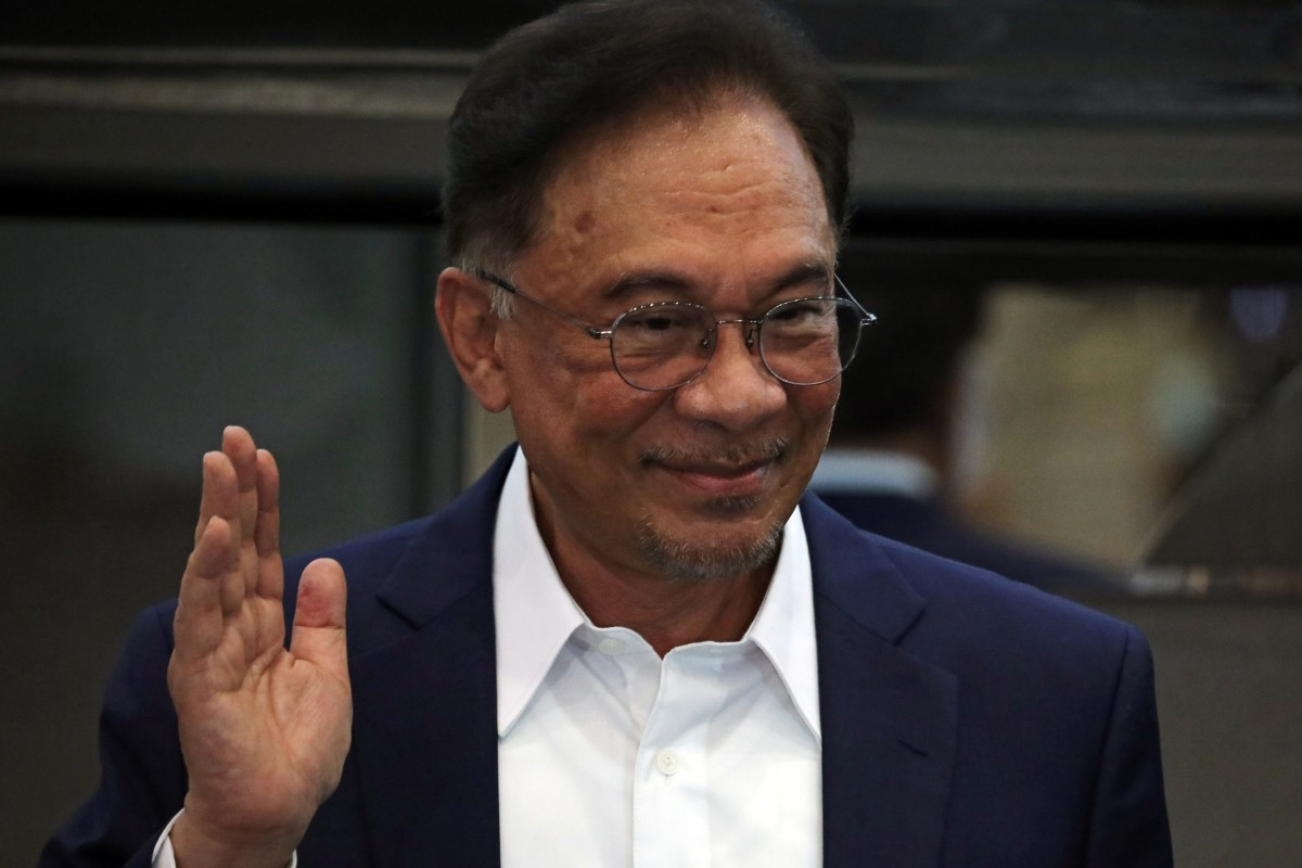 Malaysia's Anwar Ibrahim urges 'patience' from citizens as king deliberates  on power transition plan | South China Morning Post