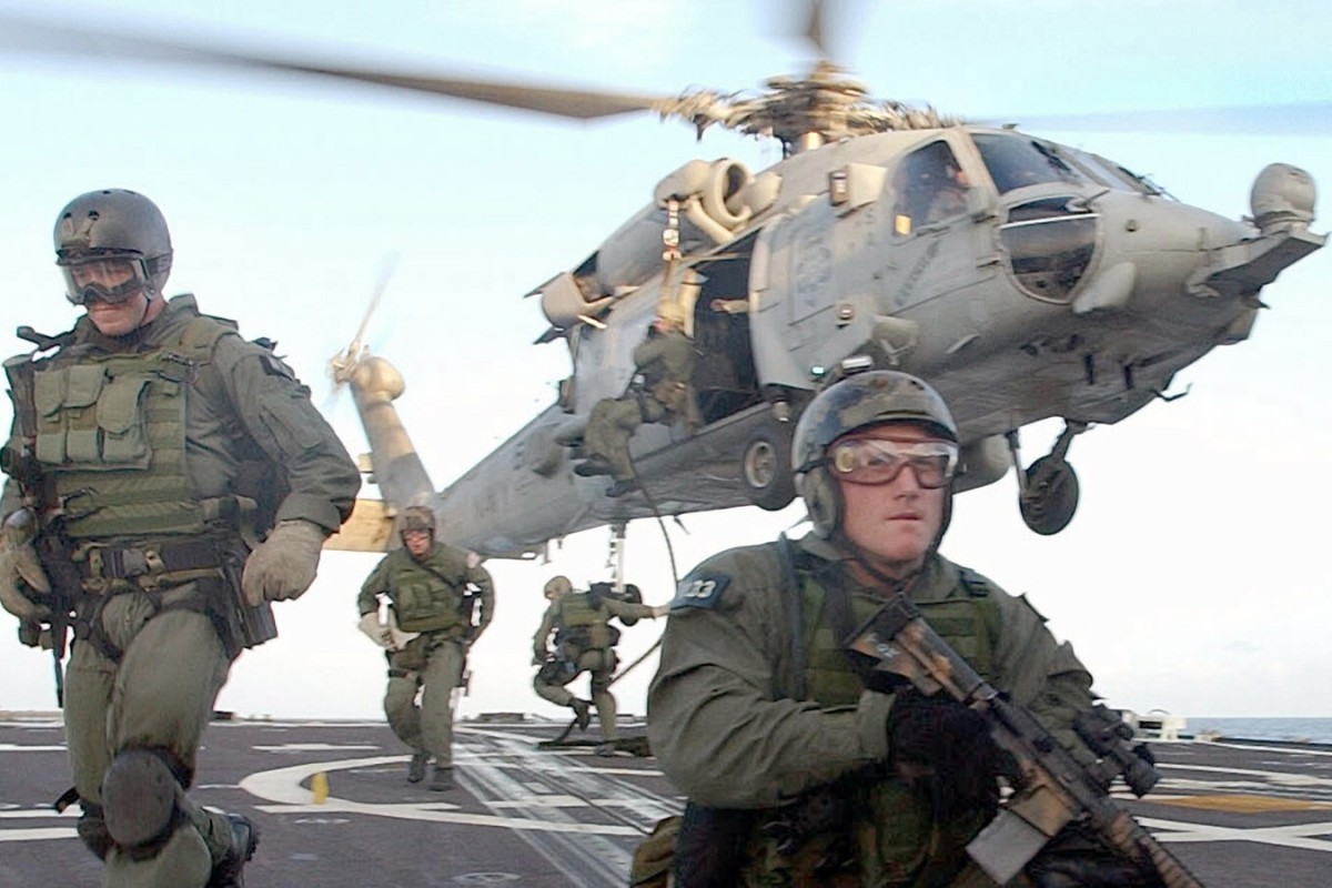 NAORUŽANA GRUPA GA DRŽALA KAO TAOCA: Specijalne snage SAD-a spasile američkog državljanina u Nigeriji!