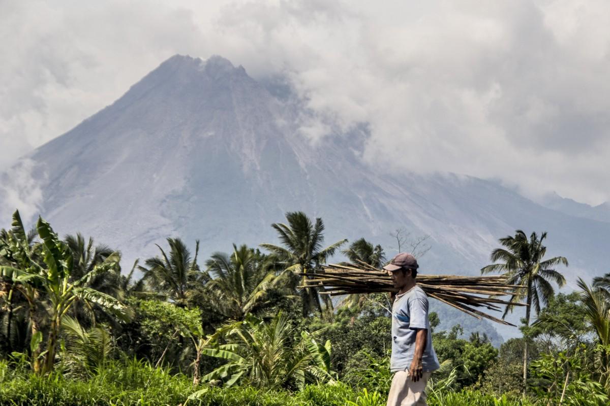 Pemerintah Indonesia telah menaikkan tingkat bahaya untuk gunung berapi Gunung Merapi yang mudah menguap.  Foto: AP