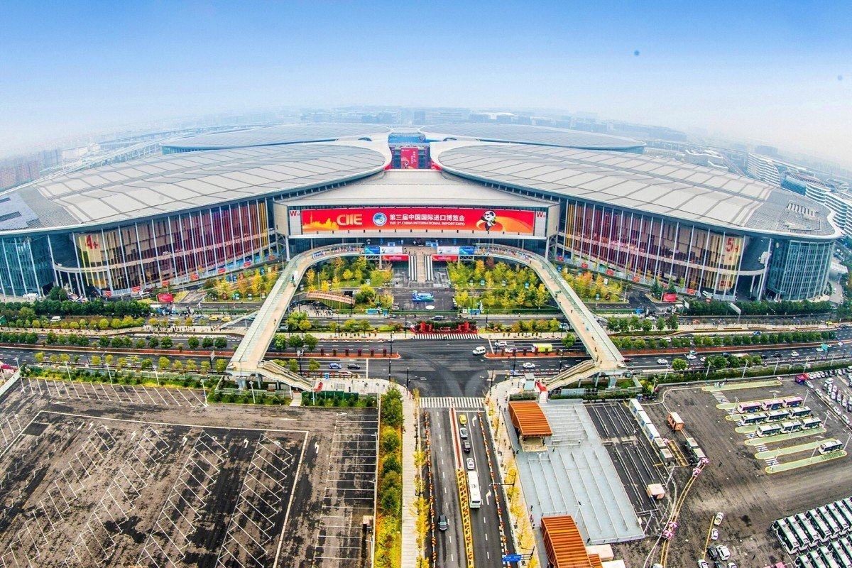 Before the event, the Shanghai government said that 400,000 people had registered, although it did not provide a breakdown of foreign visitors. In 2019, more than 500,000 people registered for the trade fair with 6,000 from overseas. Photo: Xinhua
