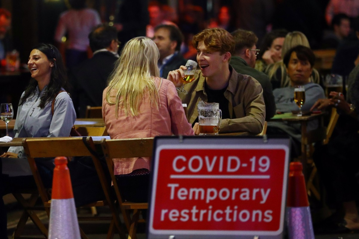 Diners in Soho, London, amid the coronavirus pandemic. Photo: Reuters
