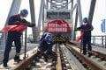 Construction of the China-Russia Tongjiang-Nizhneleninskoye cross-border railway bridge. Photo: Xinhua