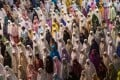 Muslim women pray at Istiqlal Mosque in Jakarta, Indonesia, during Ramadan earlier this month. Photo: Xinhua
