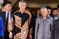 Singapore's Prime Minister Lee Hsien Loong with Malaysian counterpart Mahathir Mohamad. Photo: AFP