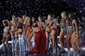 Models of the Victoria's Secret Fashion Show at the Mercedes-Benz Arena in Shanghai, China in 2017. Photo: AP