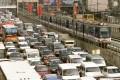 Epifanio de los Santos Avenue, a major highway that circles Manila. Photo: Reuters
