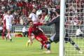 Hong Kong's Law Tsz-chun shoots for goal against Iran. Photos: Felix Wong