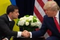 US President Donald Trump and Ukrainian President Volodymyr Zelensky shake hands during a meeting in New York. Photo: AFP