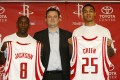 Houston Rockets general manager Daryl Morey (centre) in 2008 with Gerald Green and Bobby Jackson. The Rockets have been very popular in China since they signed Yao Ming in 2002. Photo: AFP