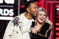John Legend and Kelly Clarkson have released an updated version of Baby It's Cold Outside.